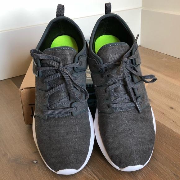 Saucony Eros Lace Sneaker Charcoal Sz